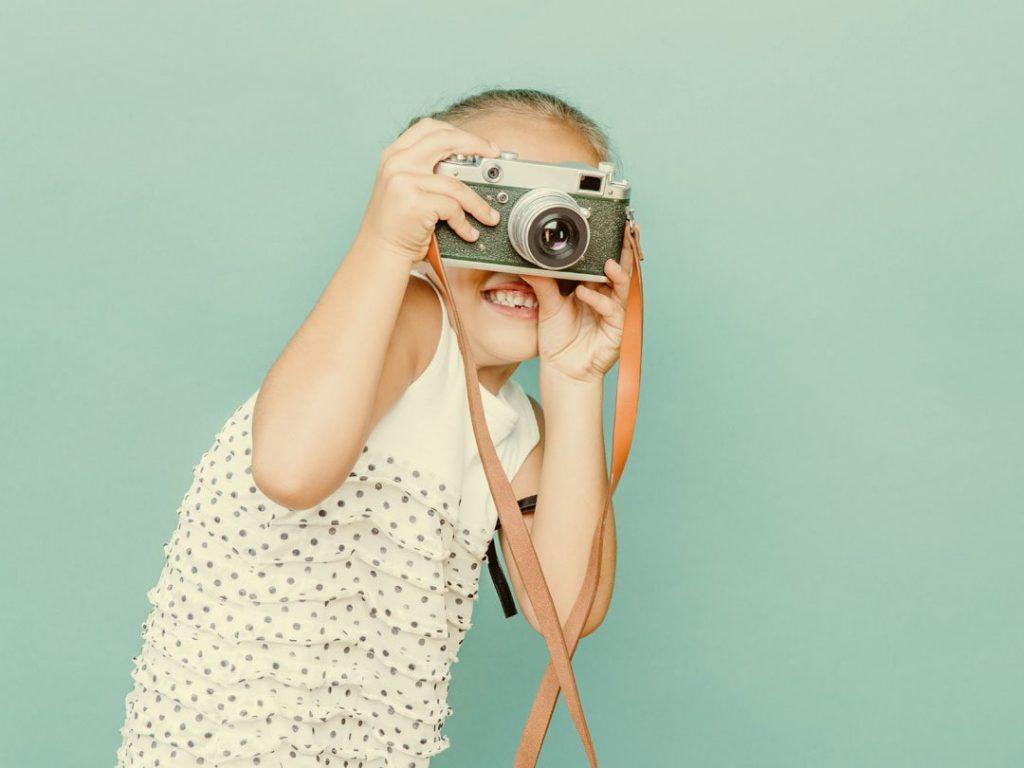 fotoalbum-app-fotoboek-maken-kinderalbum-foto-apps-smartphone-ladylemonade_nl-1080x810